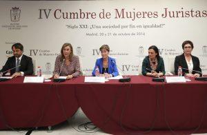 El derecho es la herramienta más eficaz para universalizar la igualdad entre mujeres y hombres