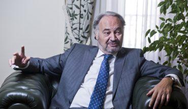 El presidente del Consejo General de Procuradores de España, Juan Carlos Estévez