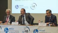 De izquierda a derecha: José Ignacio Alemany Bellido, Presidente de la AEDAF; Pedro Pérez Eslava, Director de la Agencia Tributaria Cántabra y Antonio Relea Sarabia, Delegado Territorial de la AEDAF en Cantabria