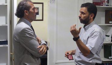 El decano del Colegio de Abogados de Málaga, Francisco Javier Lara, y el alcalde de Ojén, José Antonio Gómez