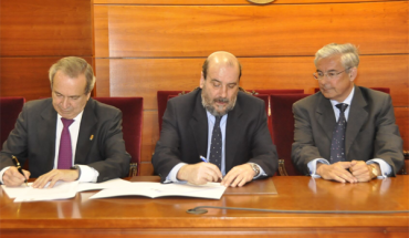 Colegio de Abogados de A Coruña y la Universidad Internacional Menéndez Pelayo