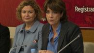 La decana del Colegio de Registradores, María Emilia Adán, y la ministra de Justicia, Dolores Delgado