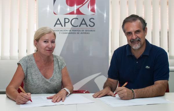 Mª Jesús Ferreiro Ros (presidenta del Consejo) y Fernando Muñoz (presidente de APCAS).