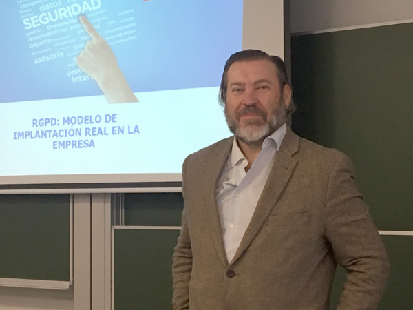 José Helguero, director general de HELAS CONSULTORES