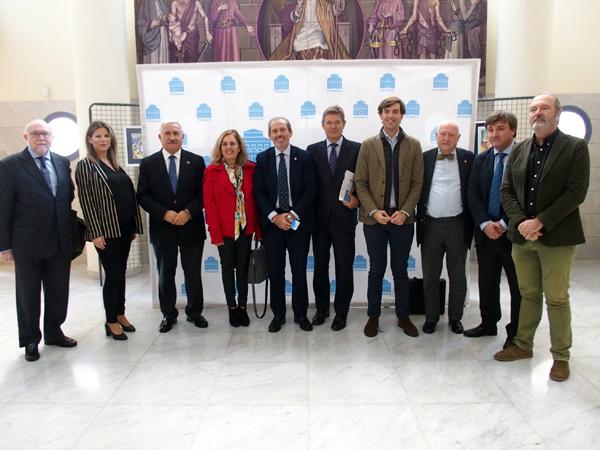 Colegio de Abogados de Málaga el libro 'Cataluña vista desde fuera'