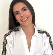 Marta Serrano Carnicer, Consultor de Helas Consultores