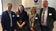 Manel Atserias Luque, presidente del ISMA-MHILP; Emma Jones, profesora de la Universisdad de Sheffield y miembro del Consejo Asesor del ISMA-MHILP; Caroline Strevens, profesora de la Universidad de Portsmouth; y Simon Lee, profesor de The Open University