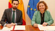 María Emilia Adán, Decana del Colegio de Registradores de España, y Rafael Pérez, Secretario de Estado de Seguridad