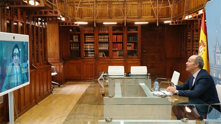 El ministro de Justicia, Juan Carlos Campo, durante la reunión mantenida por videoconferencia con el presidente y coordinador de los trabajos, el magistrado de la Audiencia Provincial de Madrid Juan José López Ortega