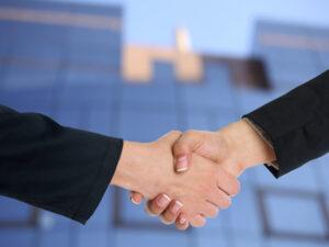 Urge un Convenio específico y de aplicación exclusiva para los/as abogados/as que prestan servicios en los bufetes