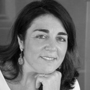 María Llosent, Directora de RRHH y Jurídica en Uquifa