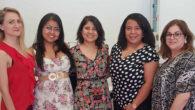 Liliya Mykolayiv, Claudia Ágreda Ramírez, Alejandra Ágreda Ramírez, Wendy Rodríguez Garrido y Marta Gómez Ferreiro, socias fundadoras de AMJI durante la firma de sus estatutos fundacionales.
