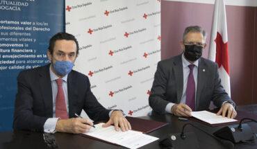 Enrique Sanz Fernández-Lomana, presidente Fundación Mutualidad Abogacía y Javier Senent, presidente Cruz Roja
