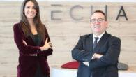 Cristina Llop, socia de ECIJA, y Torres José Luis Izuel, presidente de Hostelería de España