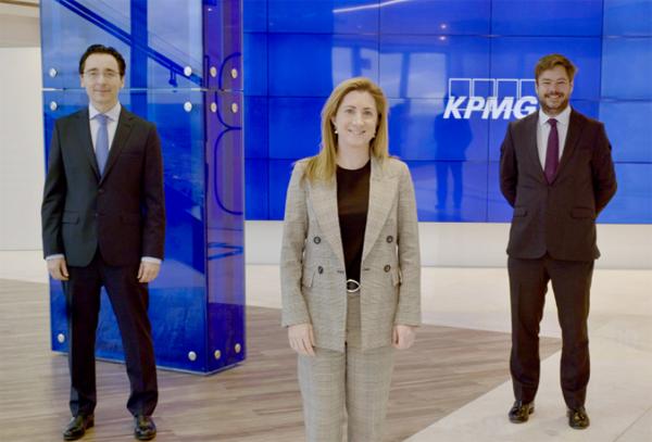 Julián García-Charraza, Pilar Galán y Borja Carvajal KPMG Abogados