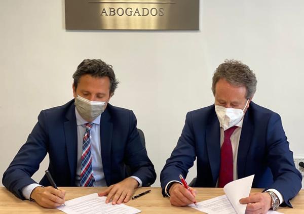 Alejandro Falcón y Rafael Fernández