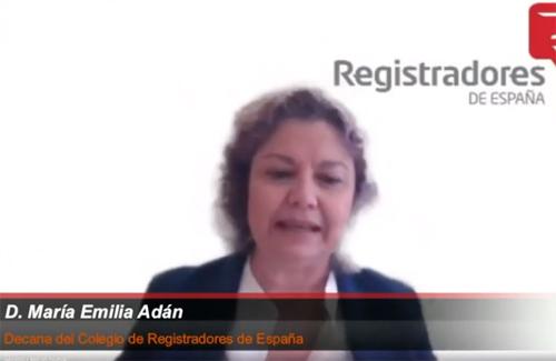 La decana del Colegio de Registradores de España, María Emilia Adán