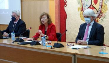 Margarita Delgado en el Colegio de Abogados de Málaga