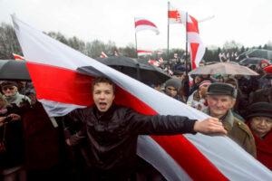 Roman Protasevich, en un mitin en Minsk, Bielorrusia, el 25 de marzo de 2012. AP