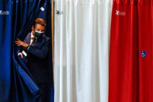 El presidente vota en Touquet-Paris-Plage (Altos de Francia), el 20 junio 2021. Christian Hartmann / Reuters