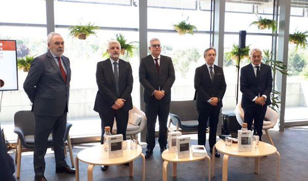 Juan Pujol; Santiago Durán, Eladio Acevedo, Carlos Puig y Valentín Pich