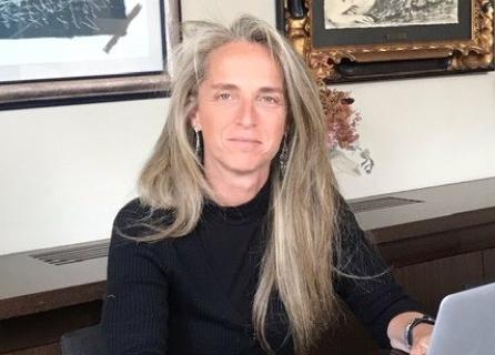 Patricia Munné, responsables del área jurídica de IAG Auction