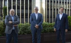 Javier Cantera, presidente de Auren Consultores, Juan Carlos Alcaide, CEO de The Silver Economy Company, y Mario Alonso, presidente de Auren