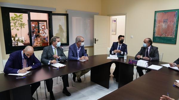 Mesa para la unificación de las sedes judiciales en Granada
